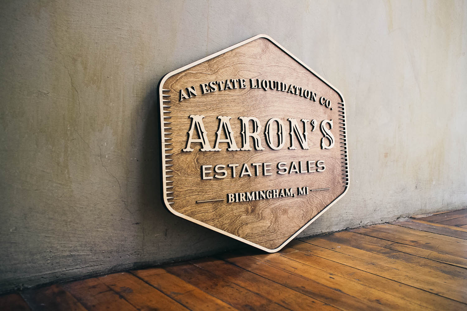 Aaron's estate sales sign