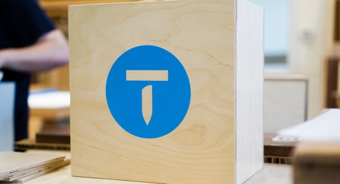thumbtack manifesto sign