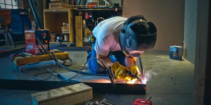 welding sign frame