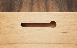 Installation: Keyhole Slot