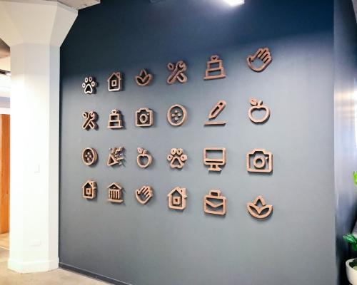 Thumbtack Wall Icons