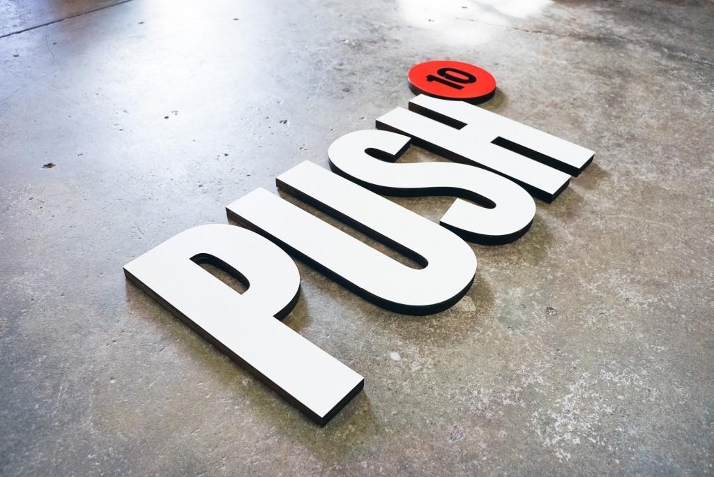 Push 10 Sign