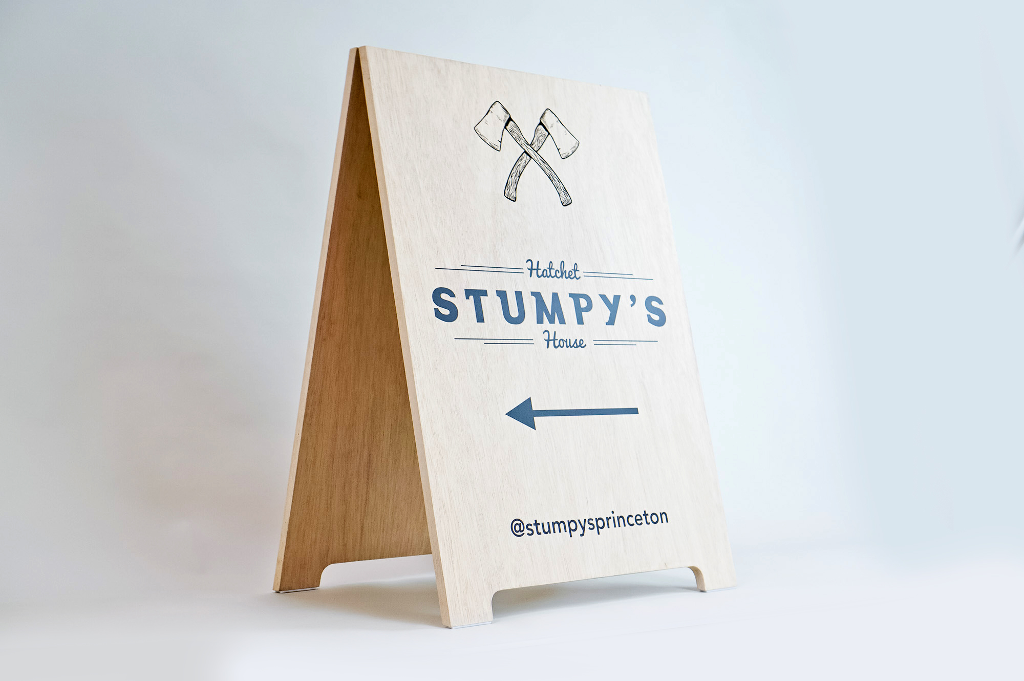 Stumpy's, the first hatchet throwing venue in the U.S.