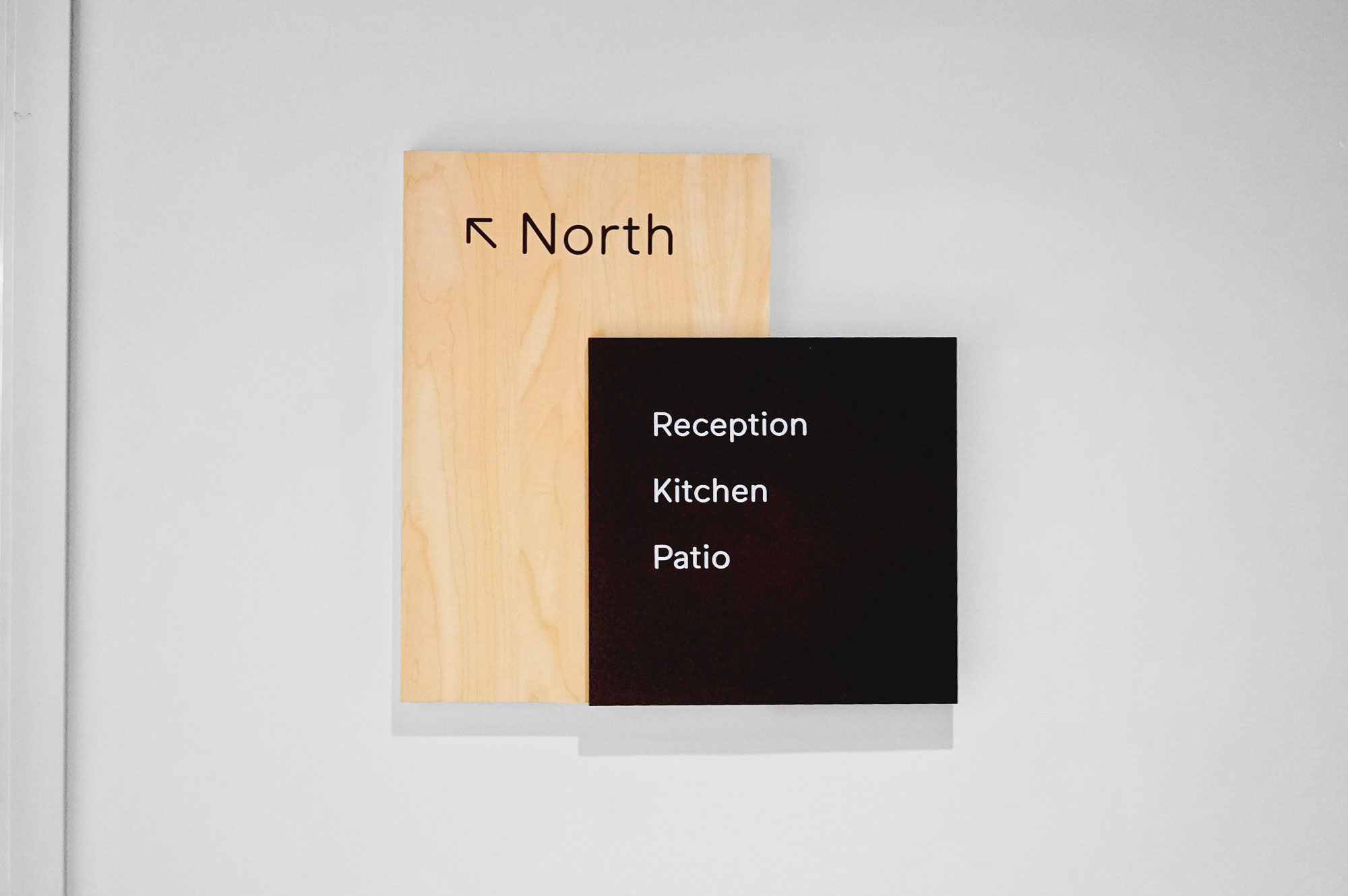 Modern light wood and colored wayfinding wall panels for Scale, a San Francisco based company delivering high quality training data for AI applications such as self-driving cars, mapping, AR/VR, robotics, and more.