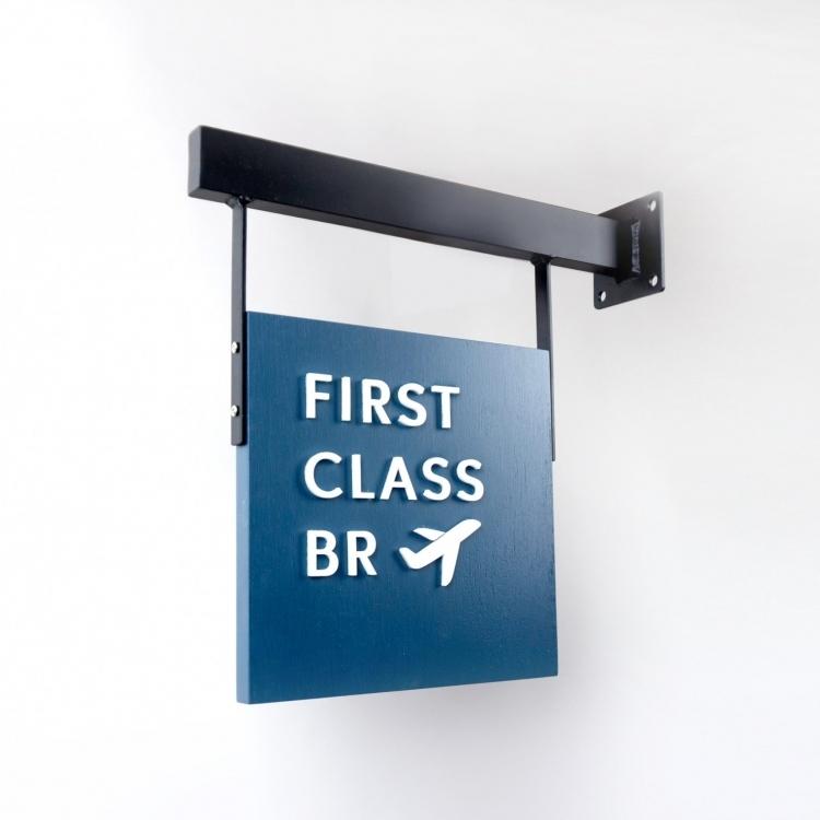 first-class-blade-left