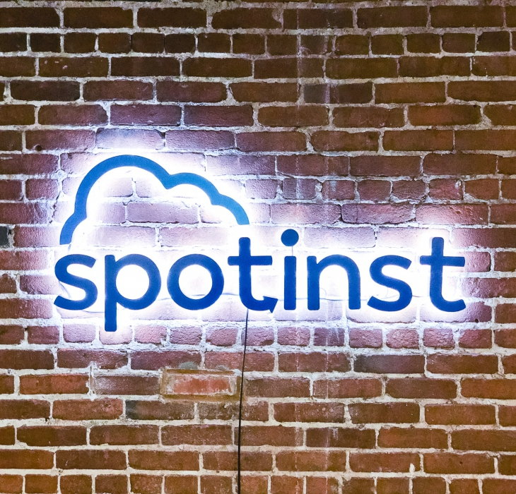 Spotinst Illuminated Sign
