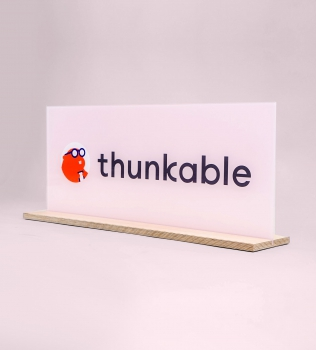 Thunkable, panel sign